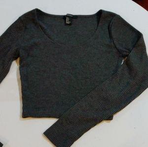 Gray crop top long sleeve